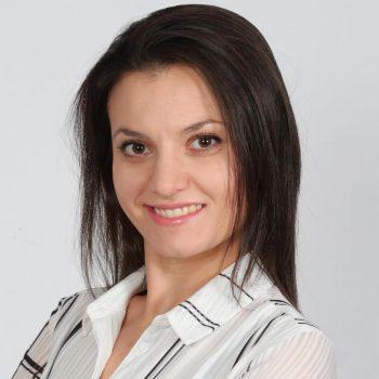Headshot of Gergana Kyosovska-Peshtenska